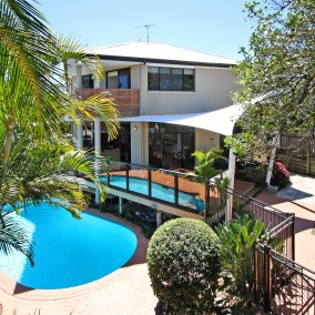 Coorparoo | 55 Hipwood Avenue $955,000