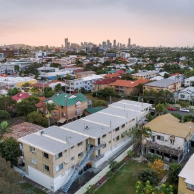 Coorparoo | Kitchener Street $500,000